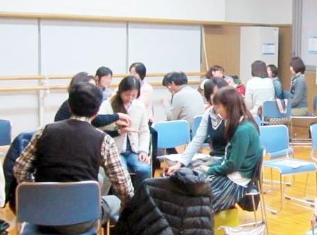 筆者も参加した優さんのワークショップ=写真提供・山本里香さん