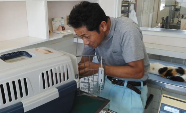 福島6・25-52動物の保護活動を震災直後から続ける赤間徹さん 撮影・松中みどり