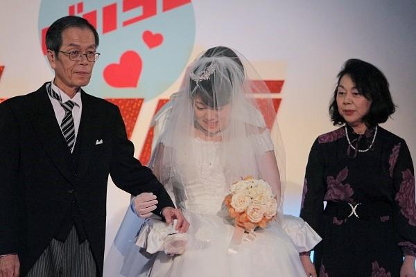 「バリコレ」での「イスコ」を使った結婚式=撮影・橋本正人