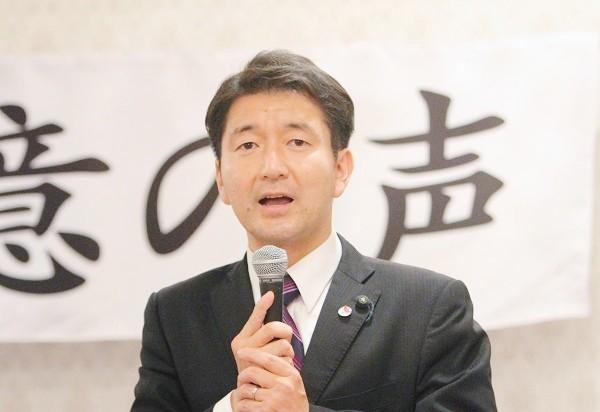 大阪市議会議員の柳本顕さん=撮影・橋本正人