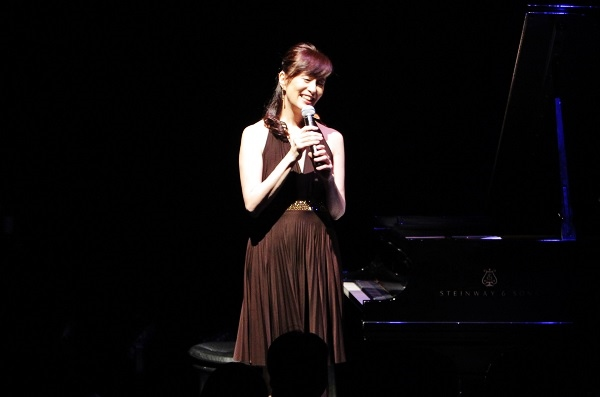 「木住野佳子 Anthology 20th Anniversary Tour」より=撮影・橋本正人