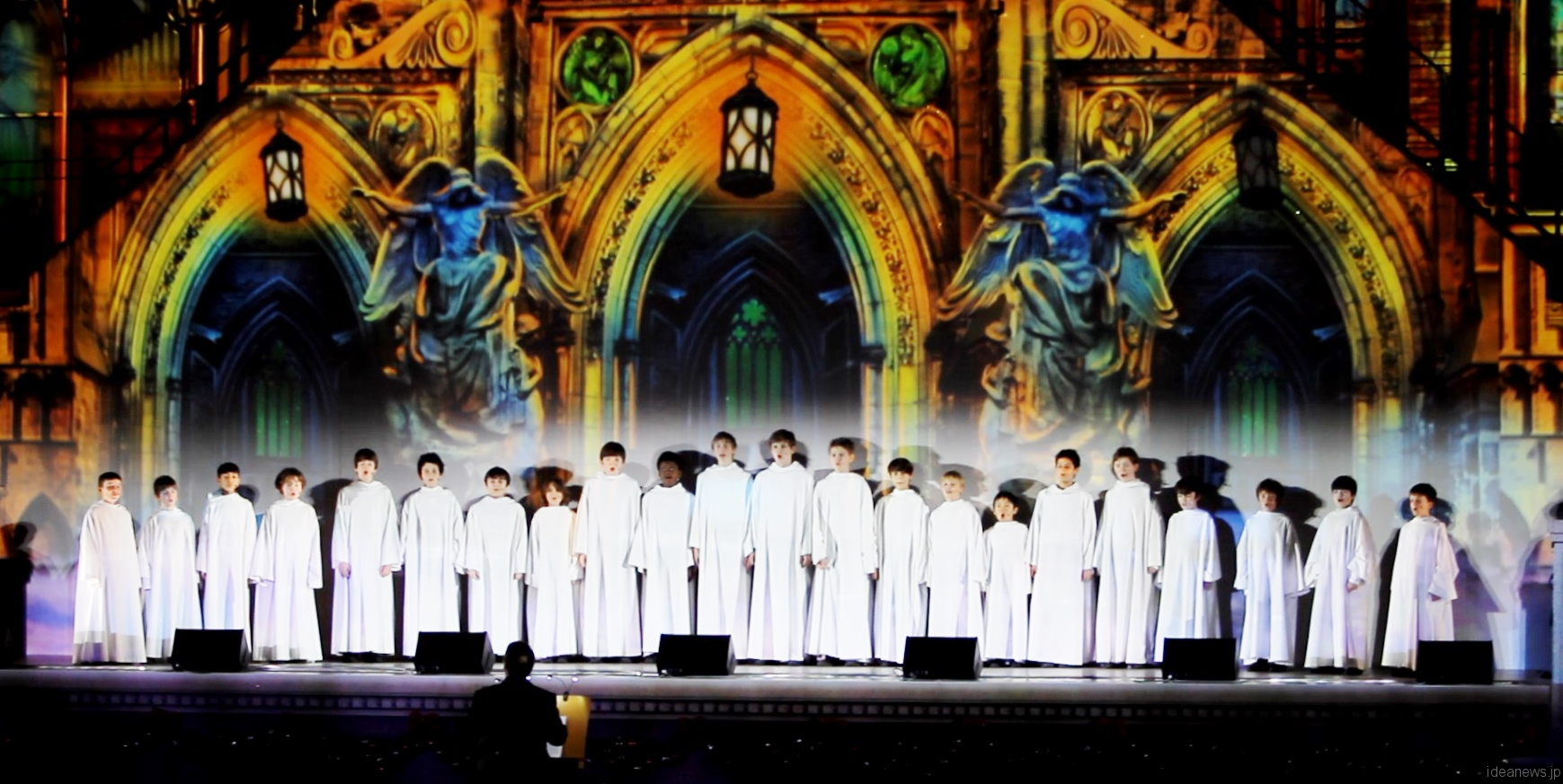 「LIBERA Christmas Concert in Universal Studios Japan」より=撮影・橋本正人