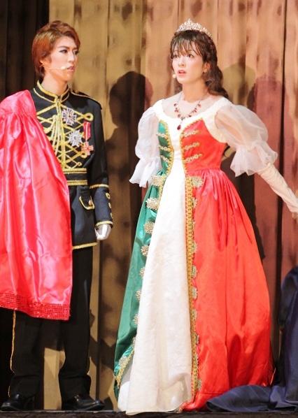 カヅラカタ歌劇団「エリザベート」公演より=撮影:アイデアニュース・橋本正人