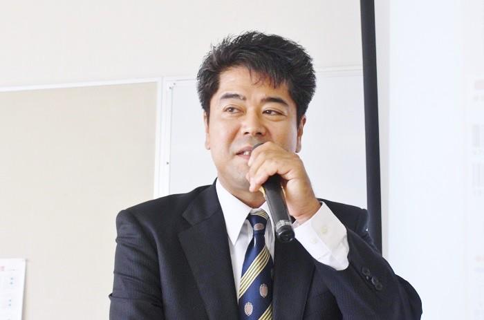 「2016 BOOK TALK in 関西」で語る豊田政志さん=撮影:アイデアニュース・橋本正人
