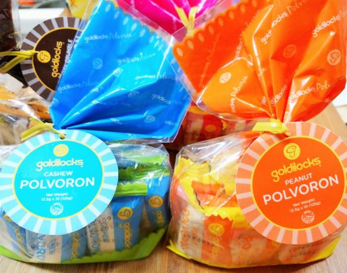 フィリピンで人気のお菓子・ポルボロン=撮影・松中みどり