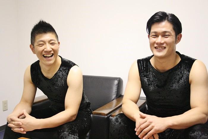 鼓童の船橋裕一郎さん(左)と坂本雅幸さん=撮影・桝郷春美