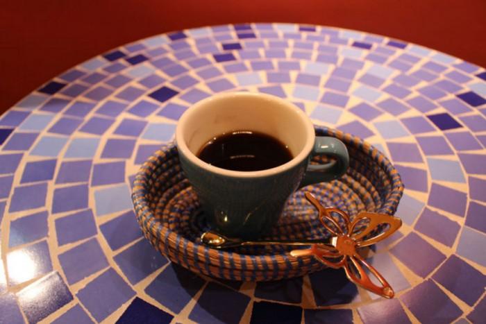 カフェトゥーバ(セネガルのスパイス入りコーヒー)=「AFRICA EXOTIC RESORT」のホームページより