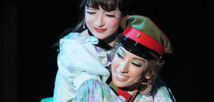 宝塚花組公演『はいからさんが通る』より=撮影:アイデアニュース・橋本正人