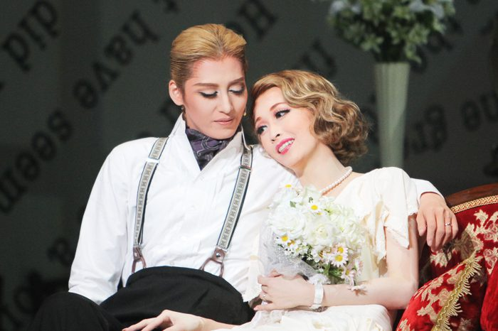 宝塚歌劇月組公演「Musical『THE LAST PARTY ~S.Fitzgerald's last day~』フィッツジェラルド最後の一日」より=撮影・橋本正人