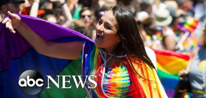 YouTubeの「It was like a dream': Trans advocate Jazz Jennings on gender confirmation surgery」=「ABC news」チャンネル より