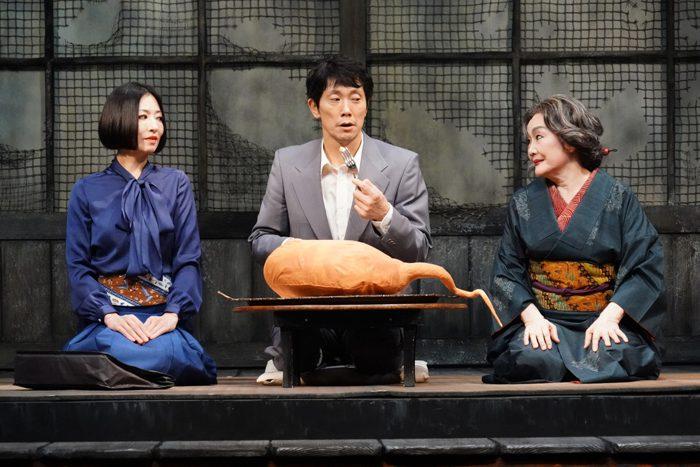 (左から)松雪泰子さん、佐々木蔵之介さん、白石加代子さん=撮影:田中亜紀