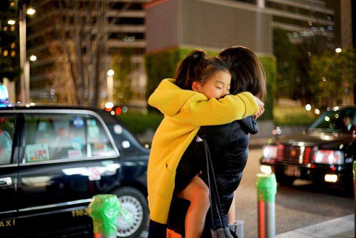 烏賀陽弘道写真展「東京人類図鑑 ~ Humans of Tokyo」より=撮影・烏賀陽弘道