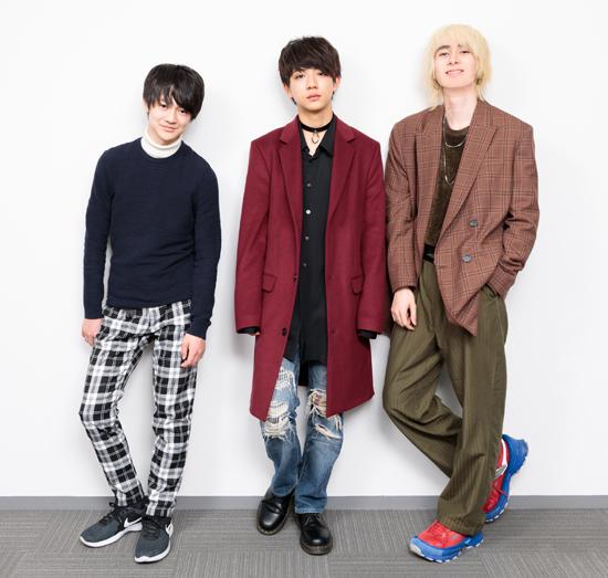 ジャンさん(右)、壮吾さん(左)、洸希さん(中央)=撮影・山本尚侍