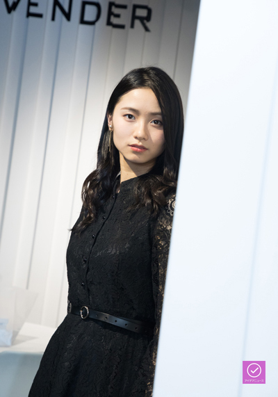 木下晴香さん、アイデアニュース・プレゼント用写真=撮影・岩村美佳