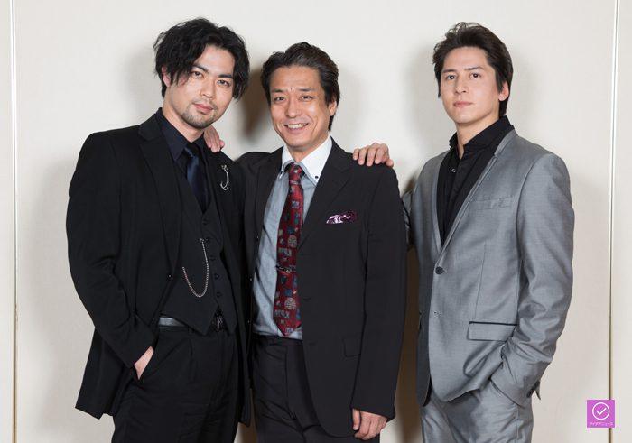 川口竜也さん、上原理生さん、伊礼彼方さん、アイデアニュース・プレゼント用写真=撮影・岩村美佳