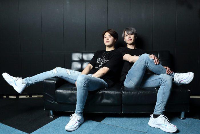 JOONHOさん(左)とGYUMINさん=撮影・伊藤華織