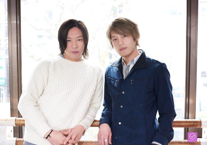 東山義久さん(左)と中塚皓平さん(右)のアイデアニュース・プレゼント用写真=撮影・NORI