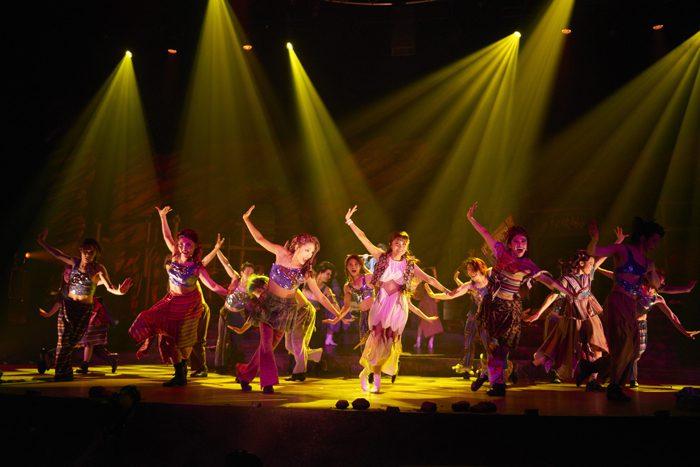 地球ゴージャス二十五周年祝祭公演『星の大地に降る涙 THE MUSICAL』東京公演ゲネプロより