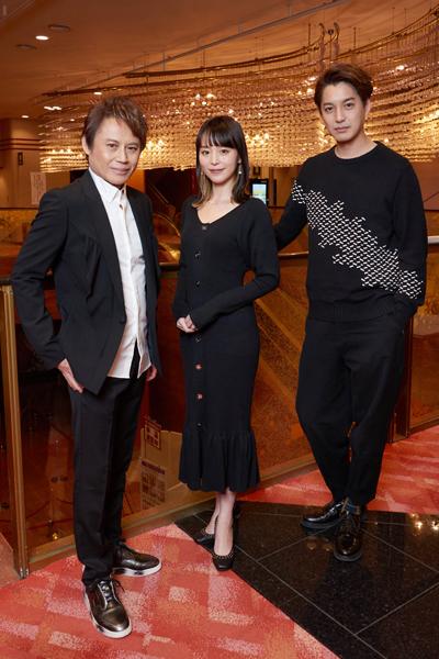 玉野和紀さん(左)と大野拓朗さん(右)と平野綾さん(中央)=撮影・NORI