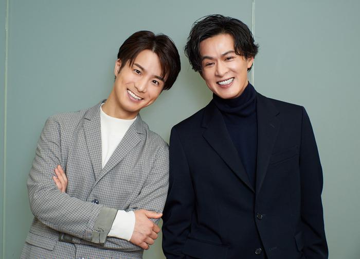 田代万里生さん(左)と新納慎也さん(右)=撮影・NORI