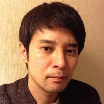演出家の扇田拓也さん
