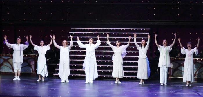 The Beginning of TAKARAZUKA LIVE NEXT!!『アプローズ』~夢十夜~ 公開舞台稽古より=撮影・伊藤華織